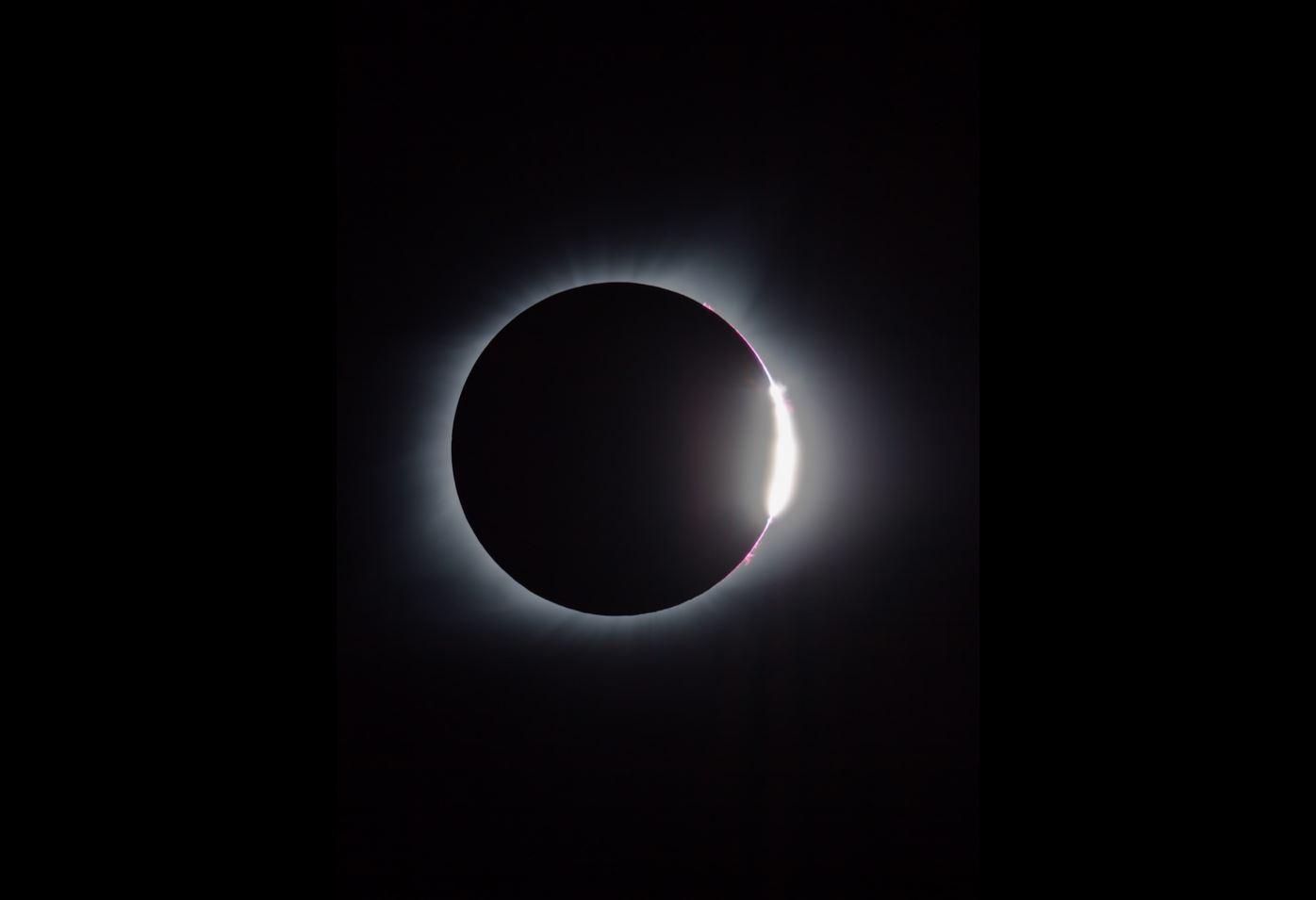 Knox Worde Diamond Ring with corona